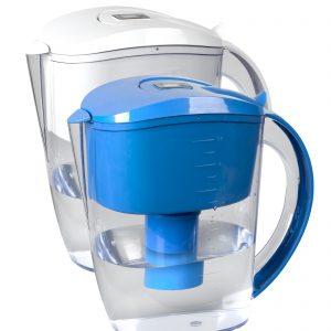Os Jarros de Água Alcalina possuem um sistema de filtragem composto por 13 tipos de minerais, capaz de alcalinizar a água, tornando-a ideal para o consumo humano.